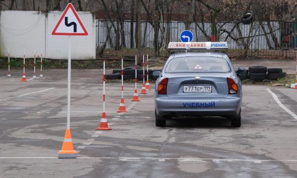 Кандидатов в водители защитят во время сдачи на права