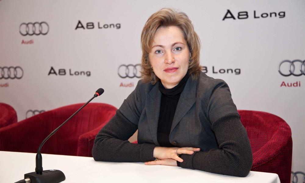 С 1 января 2011 года российский офис немецкой автокомпании Audi возглавила Елена Смирнова (Солопова)