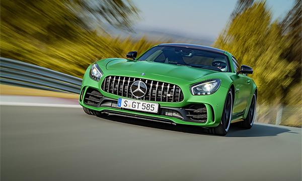 Mercedes-Benz представил самый быстрый спорткар AMG GT R