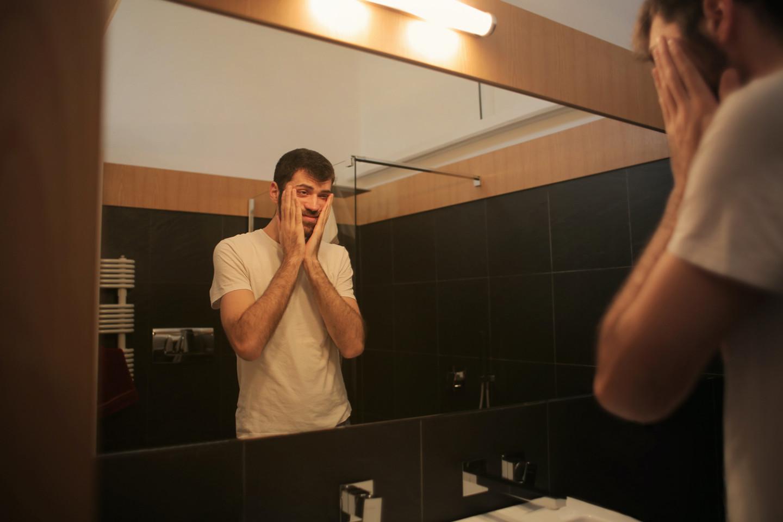 Мужчины чаще всего связывают кризис с жизненными ценностями и поиском себя