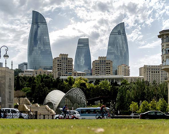 Продлить лето: как вкусно и познавательно провести три дня в Баку