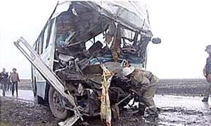 Автобус Москва – Пятигорск столкнулся с фурой