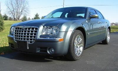 Автомобиль Chrysler 300C Барака Обамы выставили на аукцион