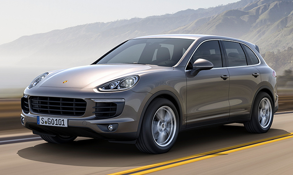 Volkswagen отзовет Touareg и Porsche Cayenne из-за проблем с педалью