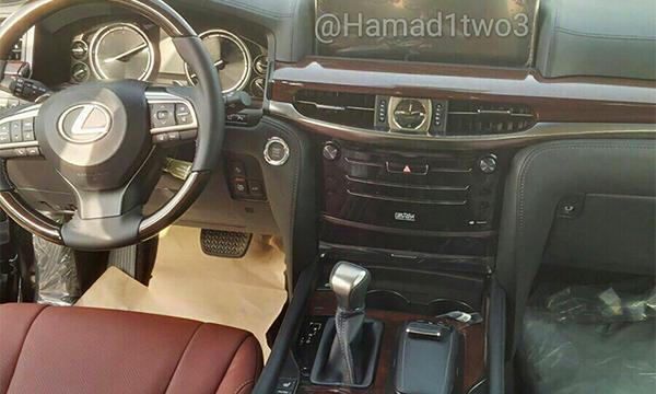 Обновленный Lexus LX 570 впервые замечен на тестах