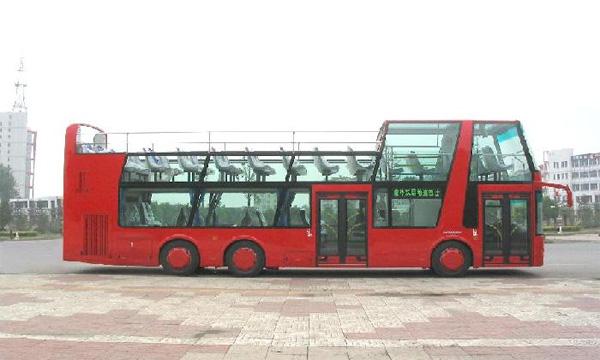 В Петербурге появятся двухэтажные автобусы