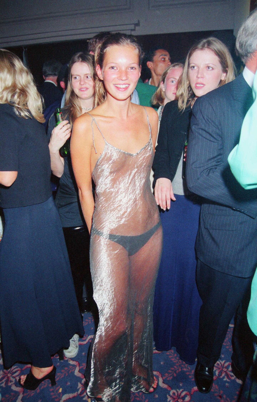 Кейт Мосс на вечеринке Elite Model Agency Look of the Year, 1993