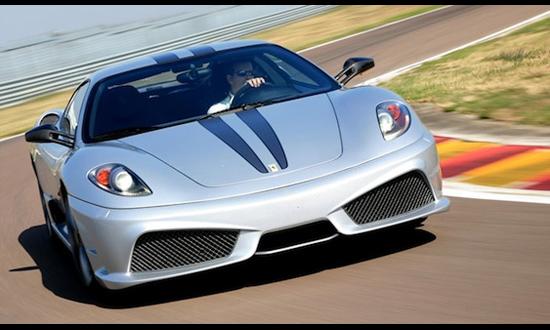 Слепой водитель установил рекорд скорости на Ferrari