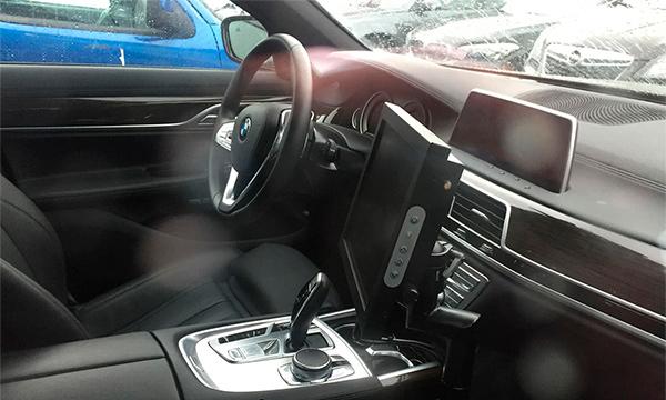 Опубликовано первое изображение салона новой BMW 5-Series