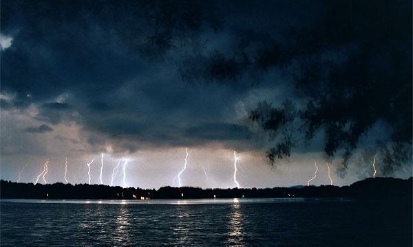 В Челябинске объявлено штормовое предупреждение