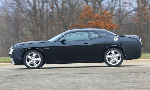 Dodge Challenger нового поколения тестируют в США