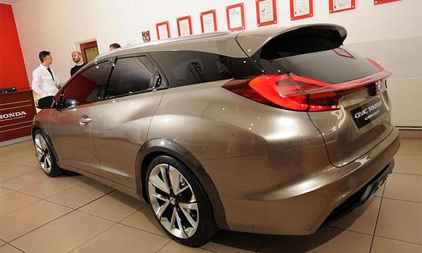 Багажник Honda Civic Tourer станет самым большим в классе