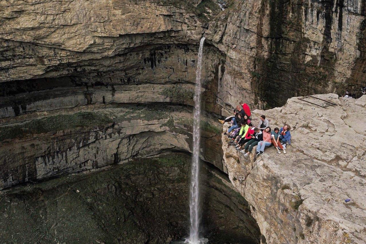 Водопад Тобот, Дагестан, «Компаньоны»