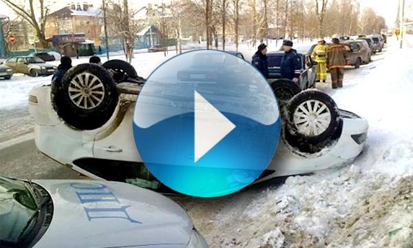 Самые страшные и нелепые автоаварии 2012 года. ВИДЕО