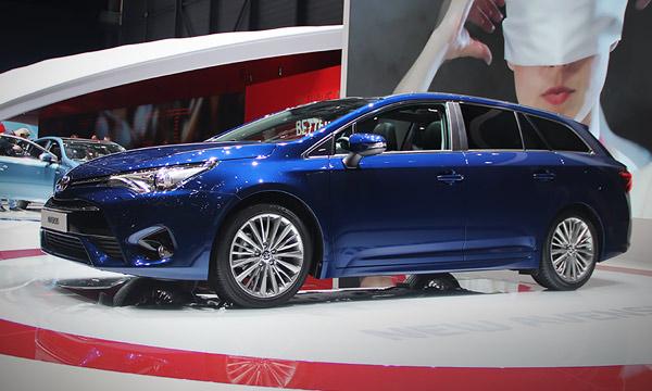 Toyota Avensis получила новые дизельные двигатели