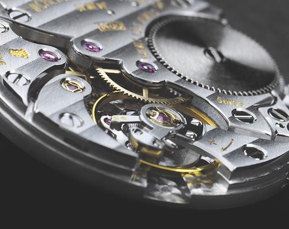 Клеймо качества: как по маркировке часов определить надежность их механизма
