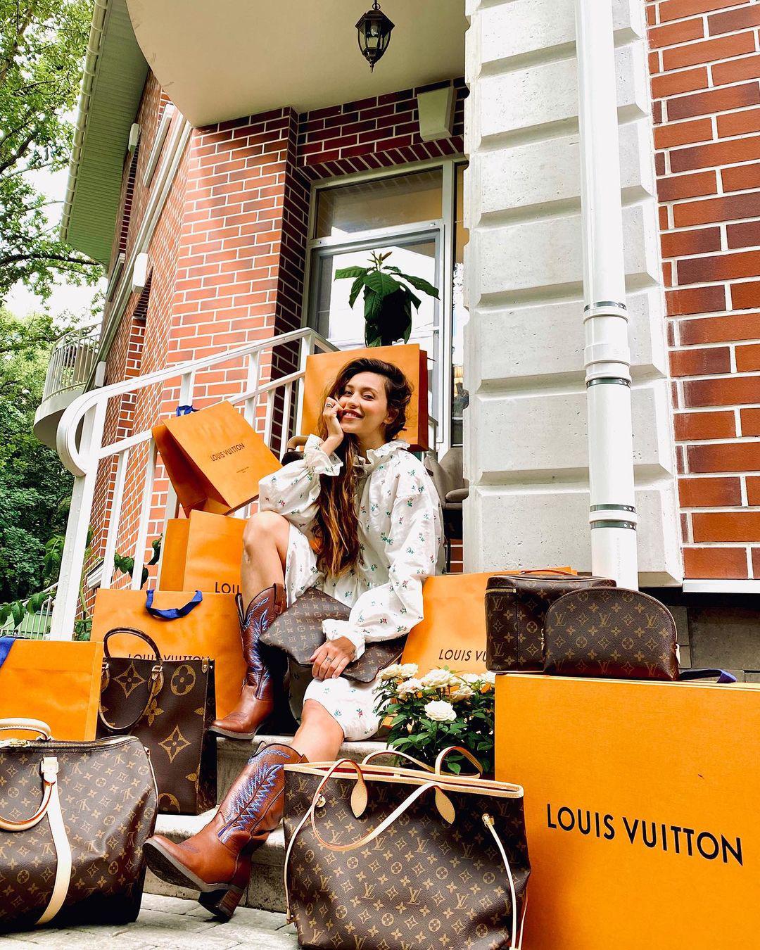 Регина Тодоренко в розыгрыше сумок Louis Vuitton