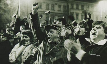 Всего 8% россиян поддерживают повышение пошлин на иномарки