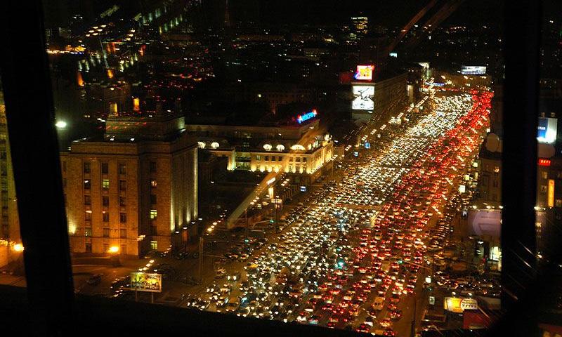 Протяженность пробок в Москве составляет 3000 километров