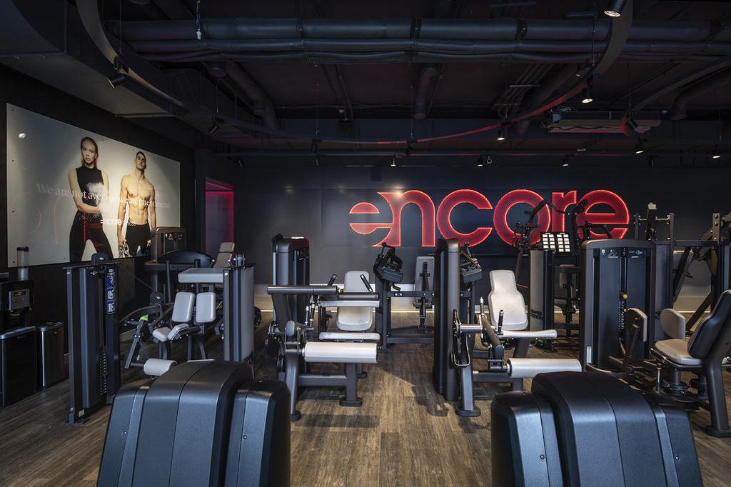 Тренажерный зал Encore Fitness в башне Око