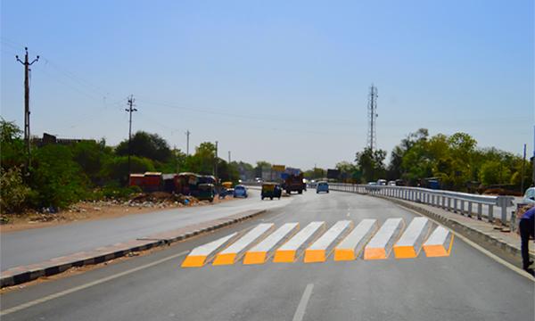 Индусы придумали 3D-разметку пешеходных переходов