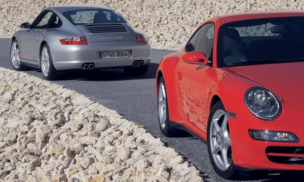 Porsche 911 Carrera 4 и Porsche 911 Carrera 4S
