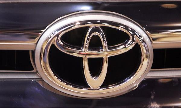Дефицит автомобилей Toyota начнется летом