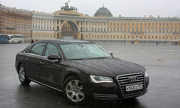 Тест-драйв Audi A8. Долгая дорога в Санкт-Петербург