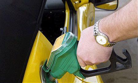 Росстат: Цены на бензин не изменились