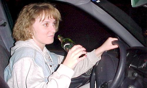 В центре Москвы пьяная женщина-водитель протаранила 6 автомобилей