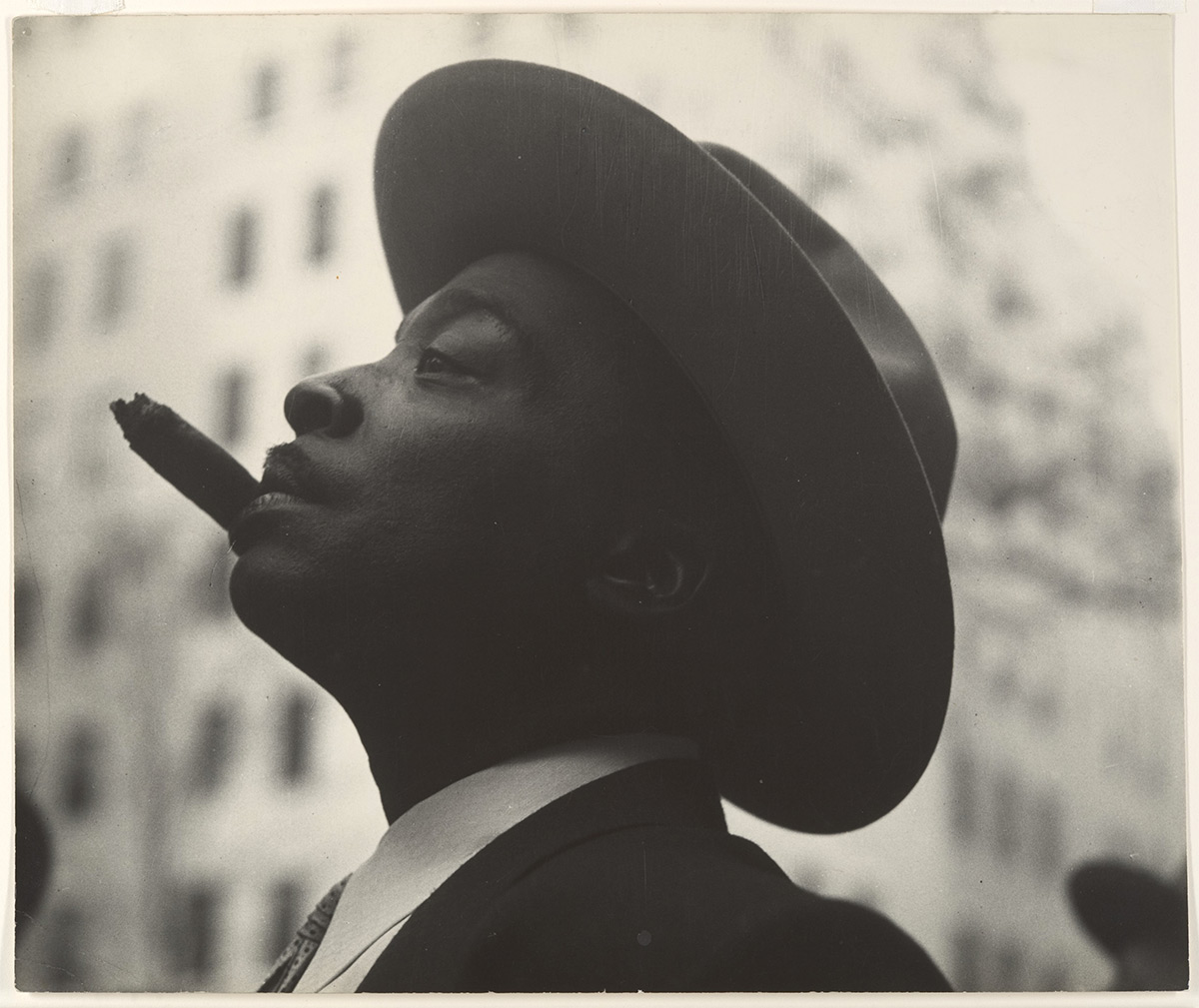Leon Levinstein. «American». Buckhannon, West Virginia 1910–1988 New York