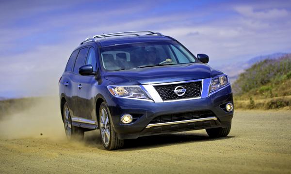 Nissan представит гибридный Pathfinder