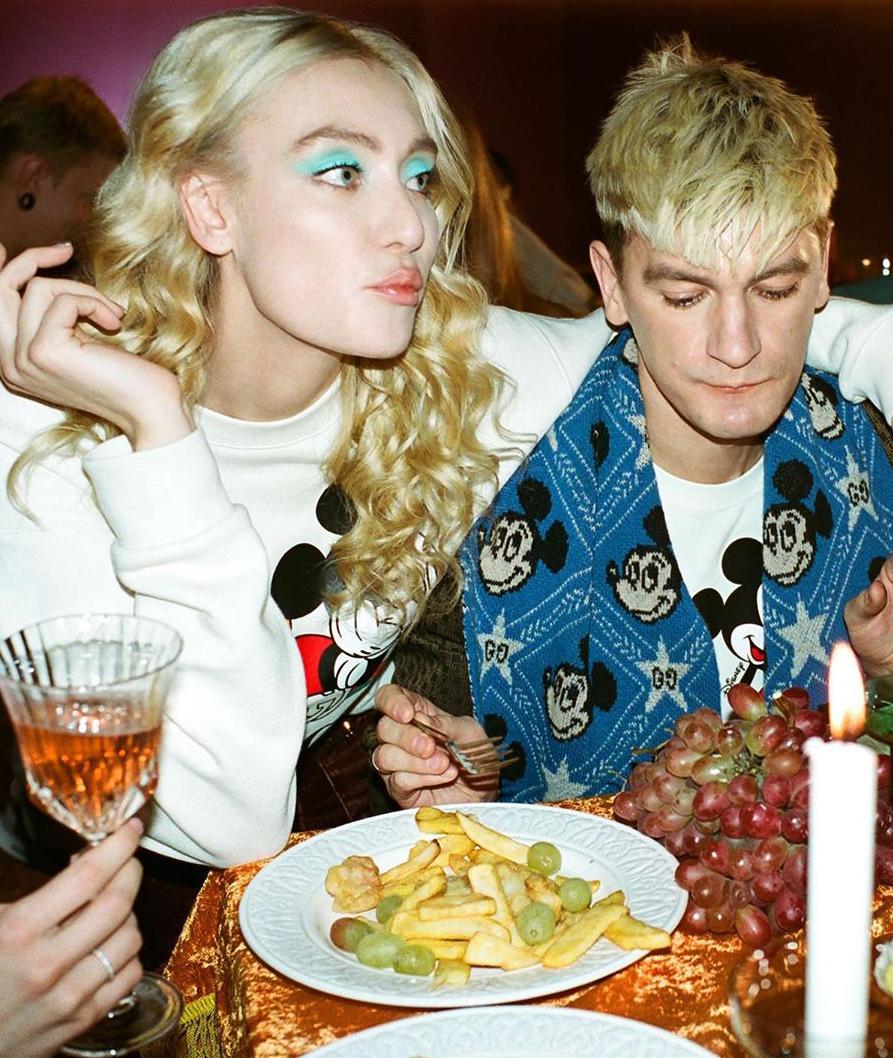 Мария Миногарова и Александр Гудков в специальной съемке, приуроченной к открытию поп-ап магазина Disney X Gucci в «Депо»
