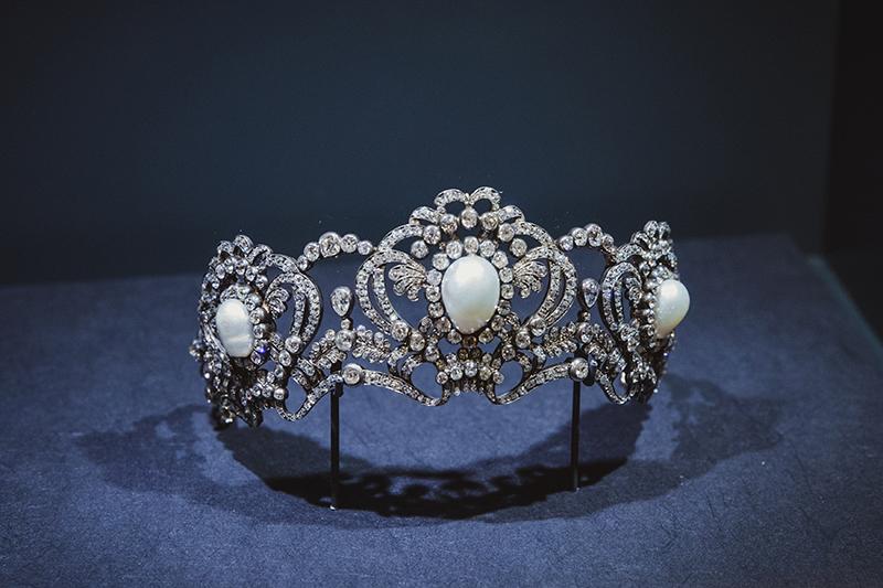 Тиара из золота и серебра, с бриллиантами и жемчугом, принадлежавшая эрцгерцогине Марии Валерии, дочери императора Франца Иосифа I и его жены Елизаветы (Сисси). (Вена, Австрия, 1913)