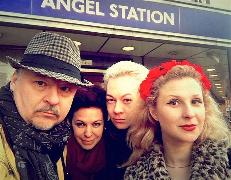 Мария Алехина (справа) с коллегами по «Белорусскому свободному театру»