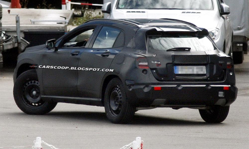 Компактный кроссовер Mercedes-Benz GLA: первые фото