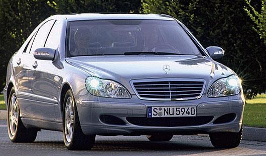 Mercedes S-класса обеспечивает комфорт