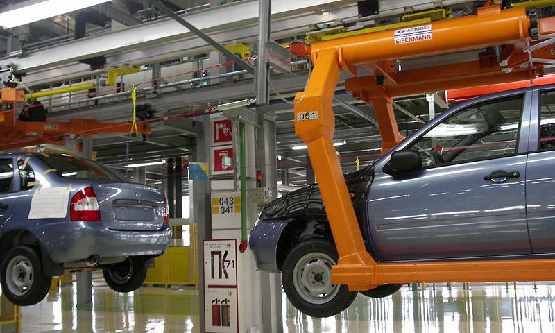 Российские автосборочные предприятия останавливают производство