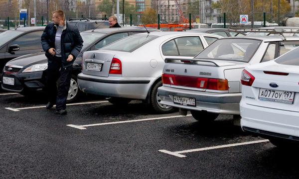 Плоскостные парковки оснастят системой распознавания номеров