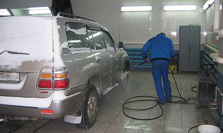 Каждая четвертая автомойка России находится в Москве