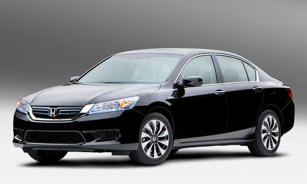 Honda рассекретила гибридный Accord