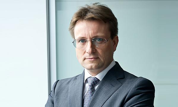 АвтоВАЗ объявил об уходе вице-президента по продажам и маркетингу