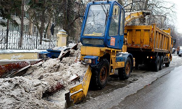 Дороги очистят от снега к субботе