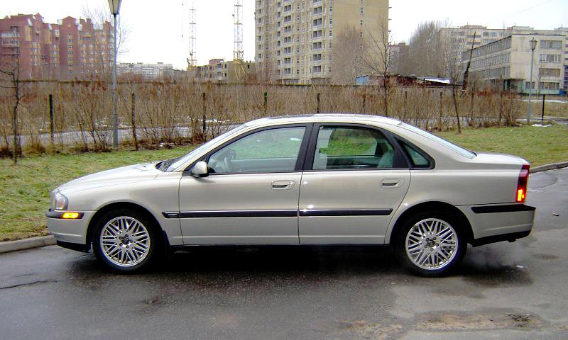 Все мировые премьеры московских автосалонов