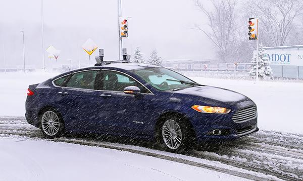 Снег, горы, ямы: как автопилоты учатся ездить по плохим дорогам