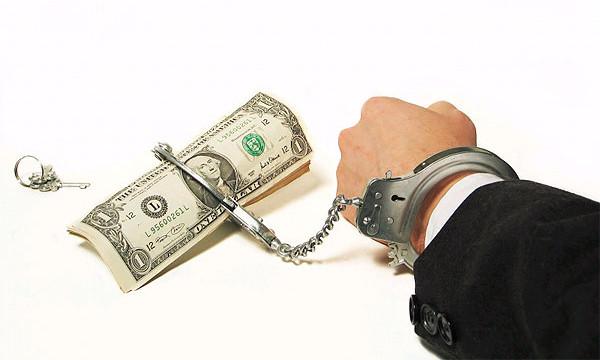 Правозащитник автовладельцев арестован за взятки