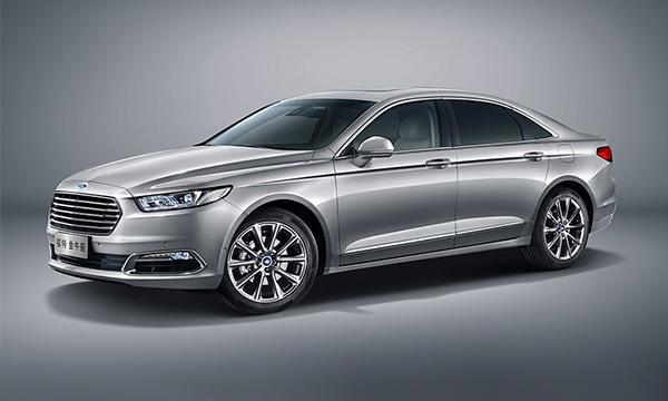 Ford представил новый седан Taurus