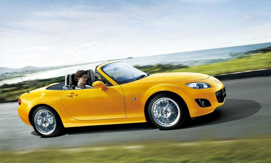В Японии начались продажи обновленной Mazda MX-5