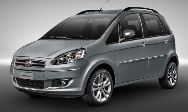 Fiat рассекретил обновленный компактвэн Idea