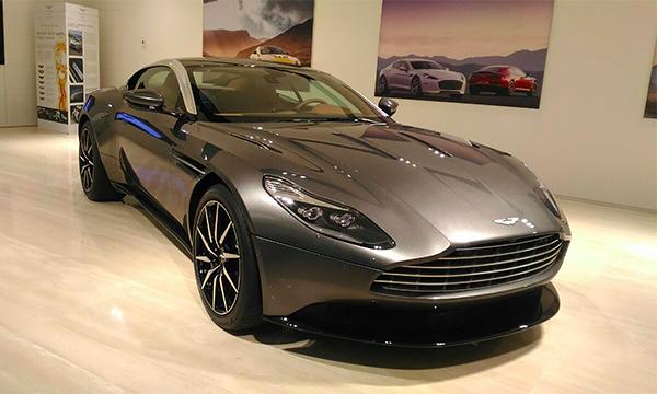 Aston Martin назвал цены на новый DB11 в России